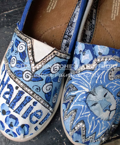 Custom Painted TOMS Team Spirit LIONS-Painted shoes, Lions, school mascots, wild animals, Hand painted Toms, One for One, paintings on shoes, custom shoes,  custom painted shoes, personalized Toms, cheer leading team, cheer teams, school spirit, spirit colors