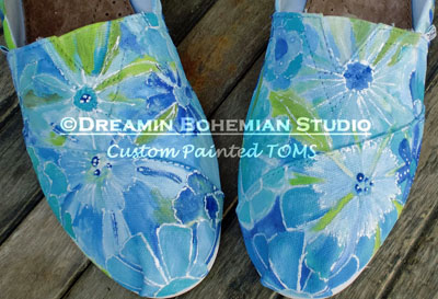 Custom Painted TOMS Wildflowers in Blue-Custom Painted Monarch Butterfly TOMS, shoes, Butterflies, school mascots, wild animals, Hand painted Toms, One for One, paintings on shoes, custom shoes,  custom painted shoes, personalized Toms, cheer leading team, cheer teams, school spirit, spirit colors, school mascot, Spirit Toms, Bible Verse, texas wildflowers, fields of flowers in blue, daisies