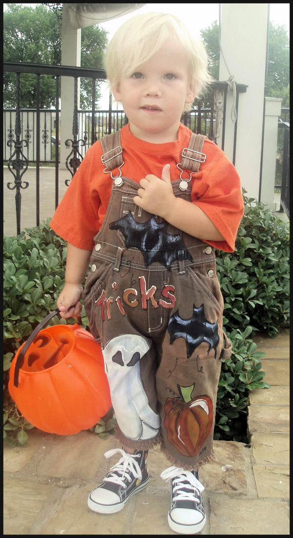 Custom Painted Overalls for Boys--Halloween!-hand painted custom boutique overalls, painted boys halloween overalls, painted overalls, oalls, ghost, candy corn, bats, pumpkins, halloween, candy, trick or treat